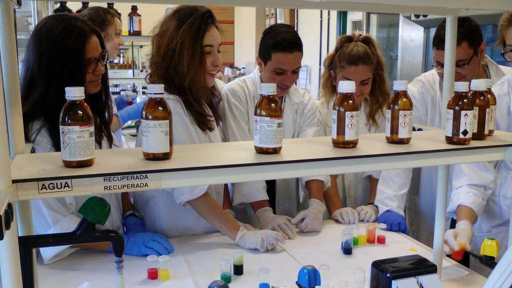 Alumnos de 4º ESO y Bachillerato premiados con prácticas de Verano en los laboratorios del CSIC