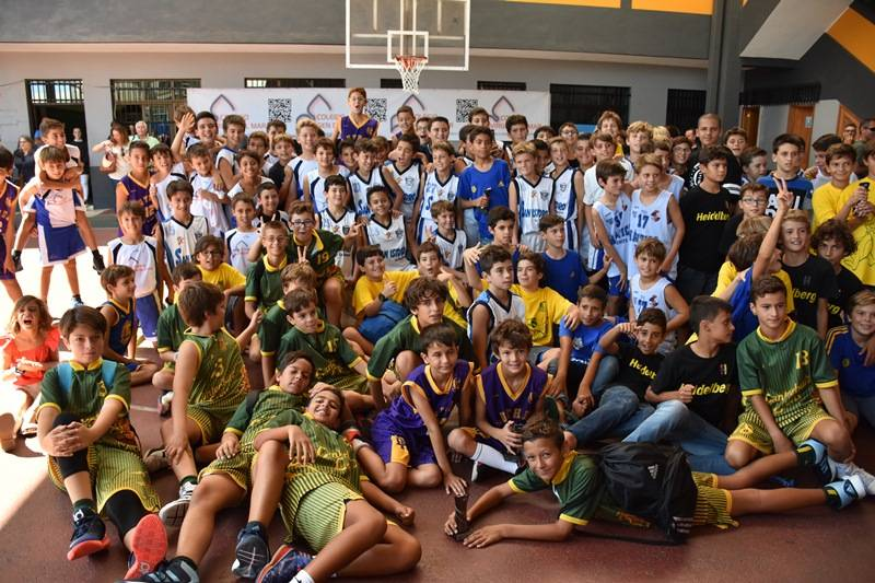 Ganó el baloncesto en el torneo regional Minibasket del Colegio Virgen del Mar