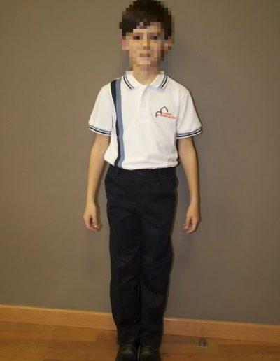 chico-uniforme